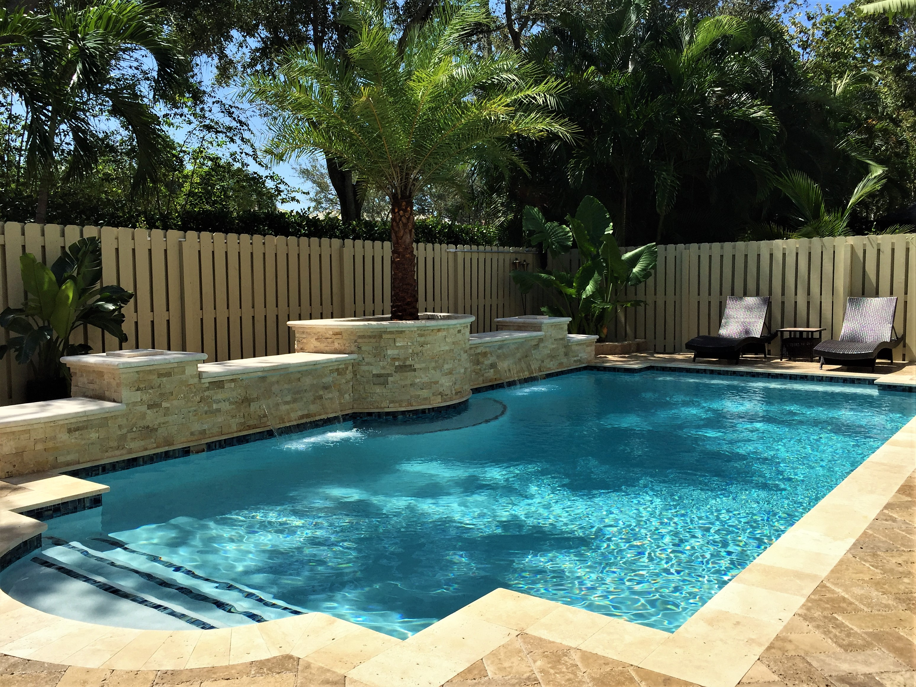 Pool Features - Seacrest Pools